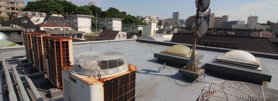 不動産投資物件の屋上防水工事費用を安く抑える4つの方法